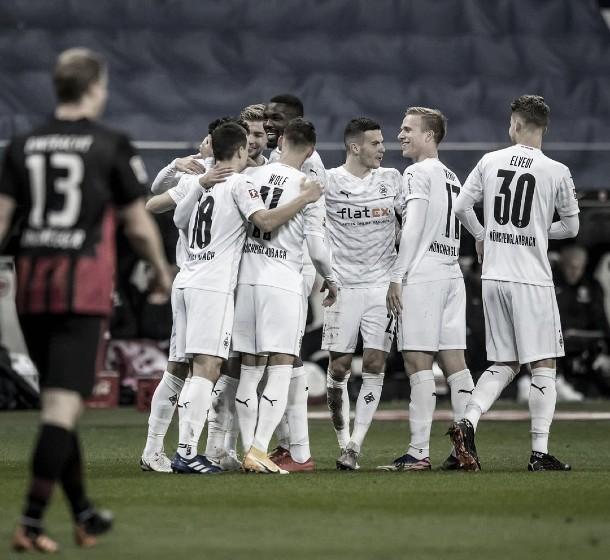Empate agónico entre el Eintracht y el Gladbach