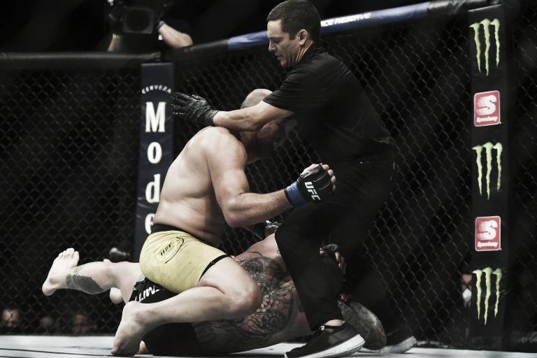 UFC Jacksonville: el poder de Glover Texeira fue demasiado para Anthony Smith