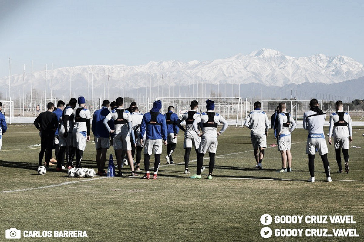 Previa Godoy Cruz - Argentinos Juniors: el Expreso quiere seguir sumando