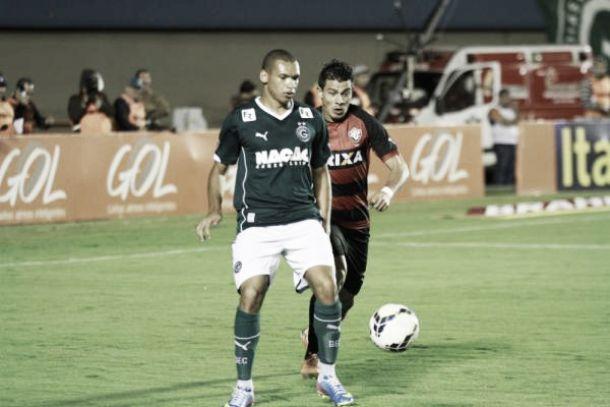 Após empate, jogadores destacam o empenho da equipe