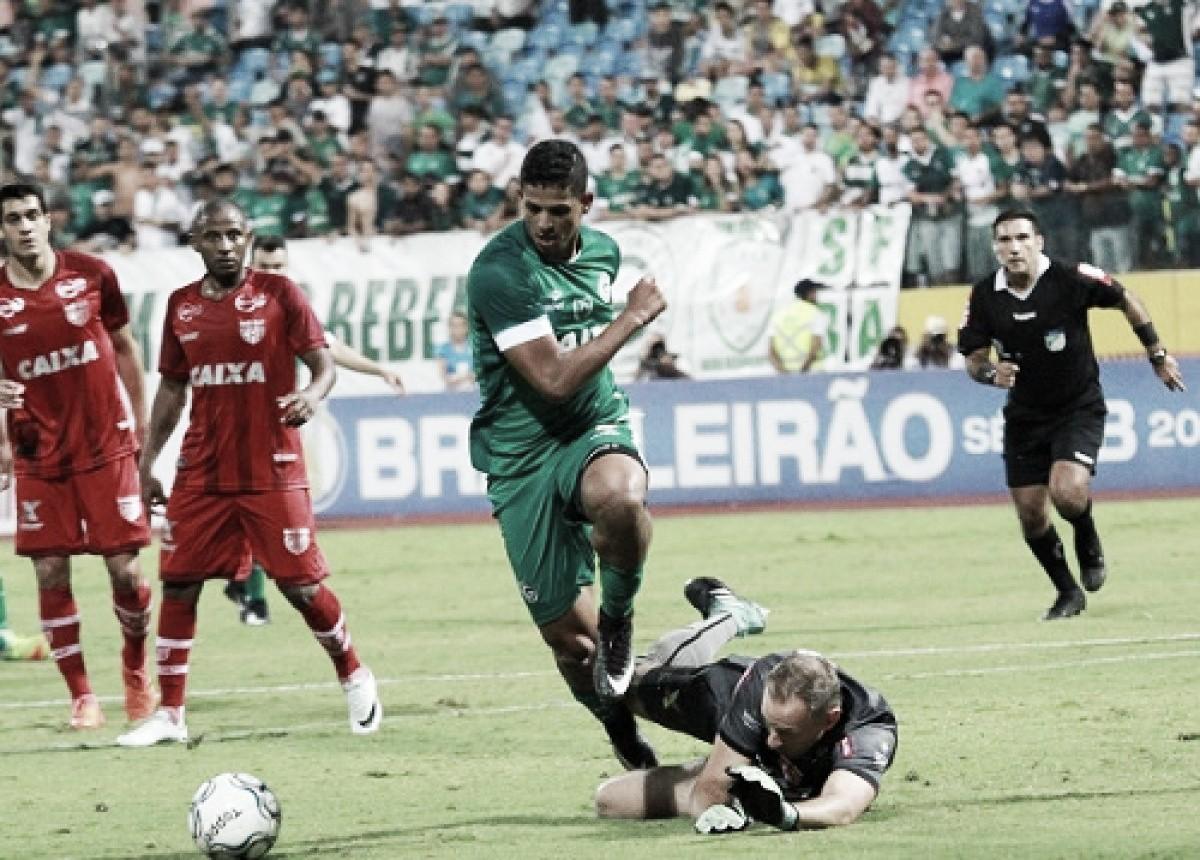 Goiás visita Boa Esporte mirando a vice-liderança da Série B