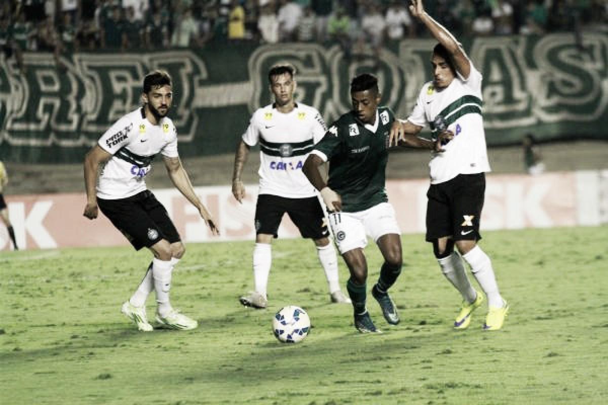 Goiás e Coritiba se reencontram em disputa na parte de cima da tabela