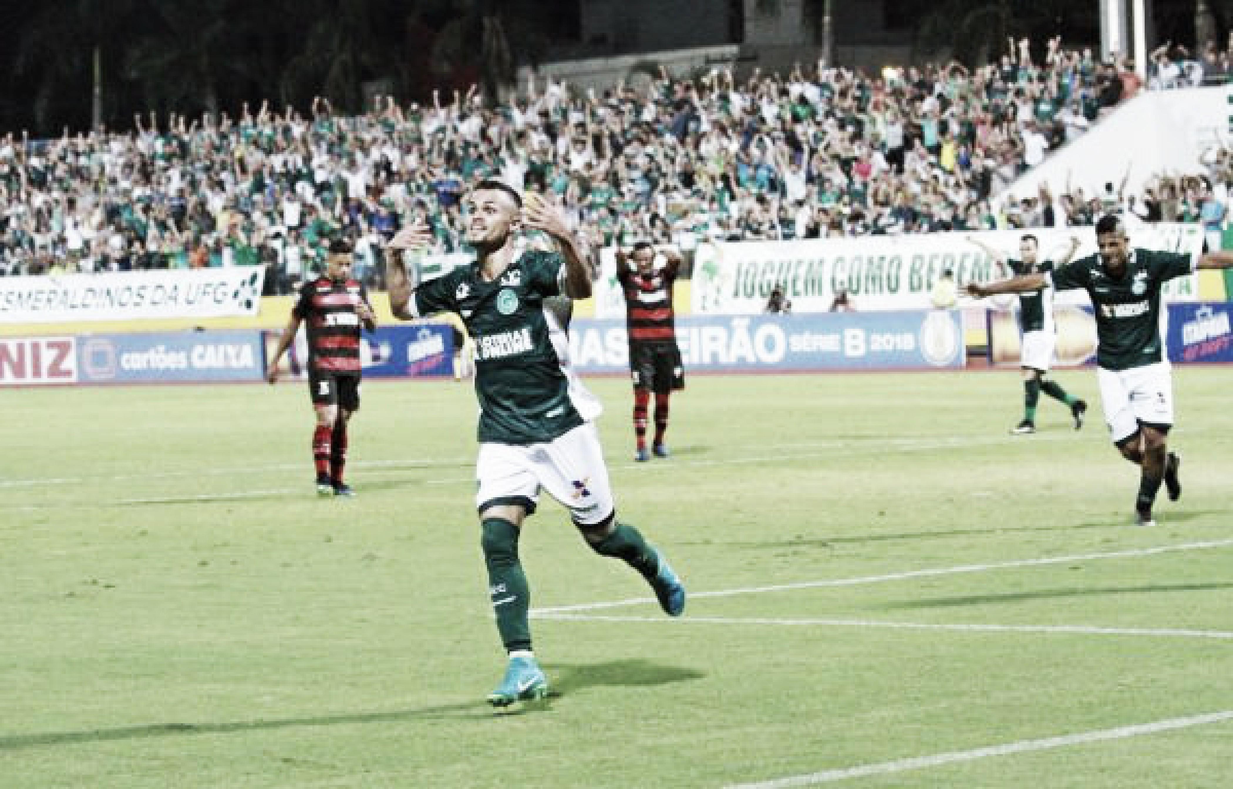 Após vitória no clássico, Ney Franco ressalta trabalho de equipe e união do Goiás