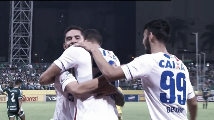 Avaí atropela Goiás no Olímpico e dá passo importante rumo ao retorno à Série A