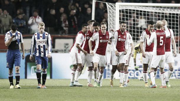El Heerenveen no es rival para el Ajax en la 'ArenA'