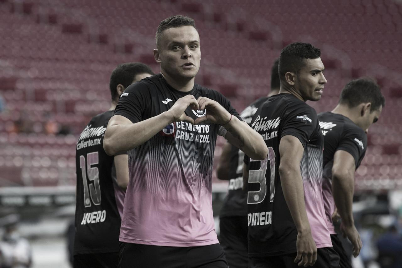 """Doblete de """"Cabecita"""" Rodríguez esfuma aspiraciones de liguilla directa para Chivas"""