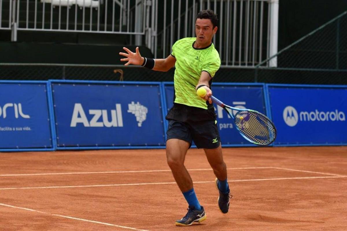 Gonçalo Oliveira soma e segue no qualifying de Roland Garros