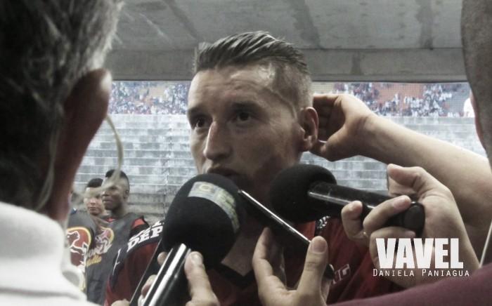 """John 'Goma' Hernández: """"Tuvimos una buena actitud y por eso ganamos el partido"""""""