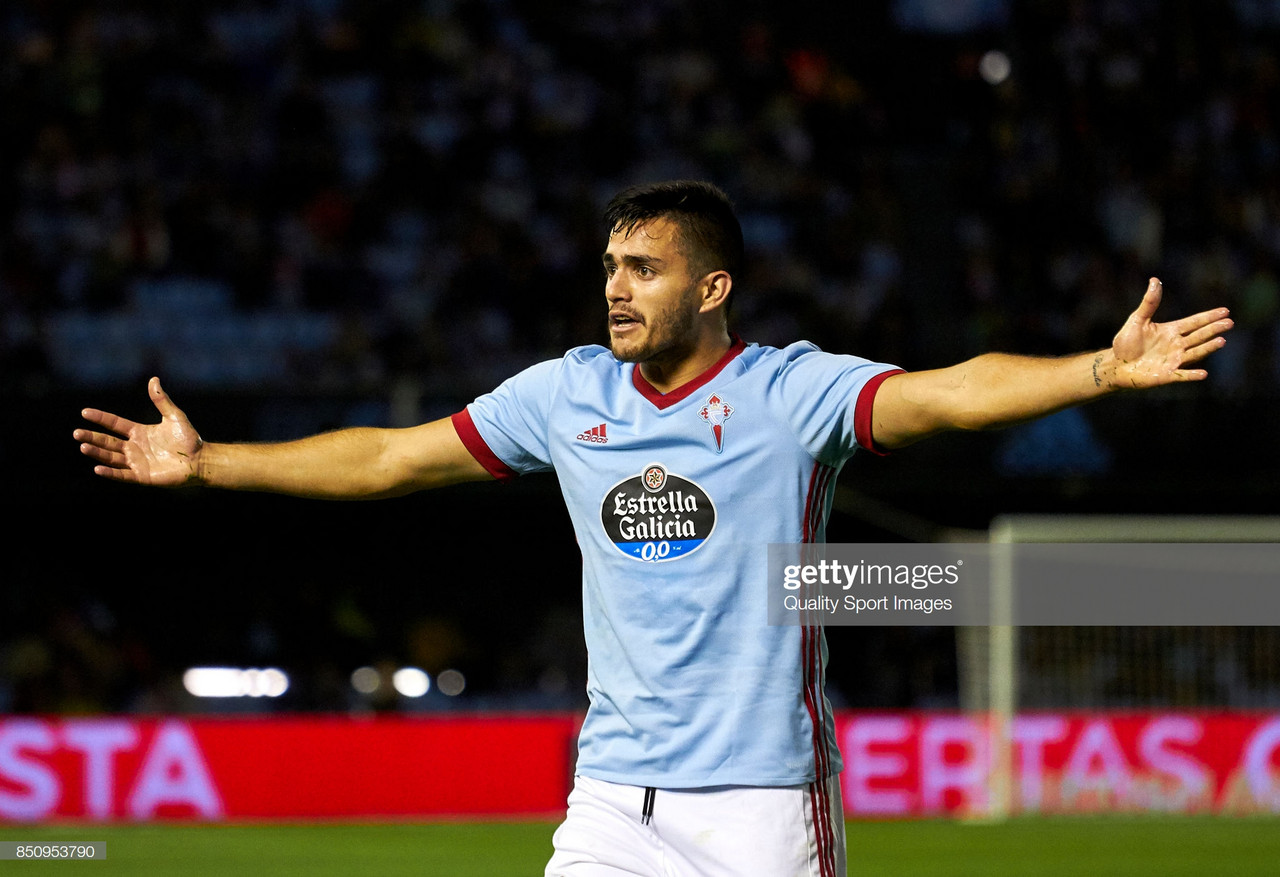 Valencia complete club record swap deal for West Ham target Maxi Gomez