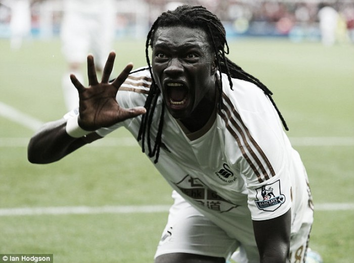 Marseille in talks with Bafetimbi Gomis over potential loan deal