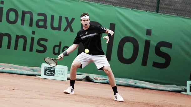 González superó la primera ronda en Blois