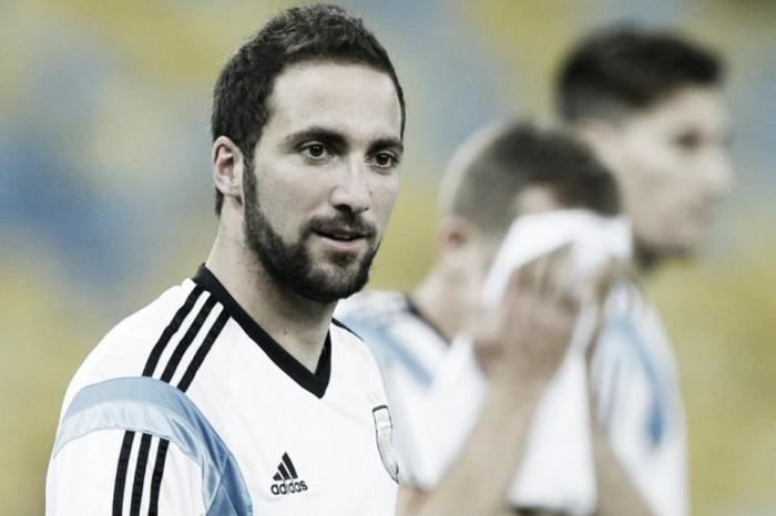 Messi realizó trabajos de recuperación en el campo de juego