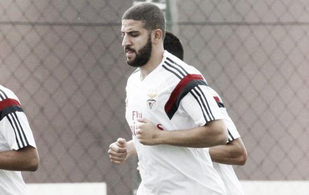 Benfica: Adel Taarabt volta a estar às ordens de Rui Vitória