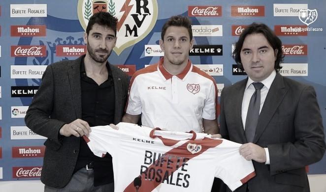 Javi Guerra, Elustondo y Franco Di Santo terminaron contrato con el Rayo Vallecano