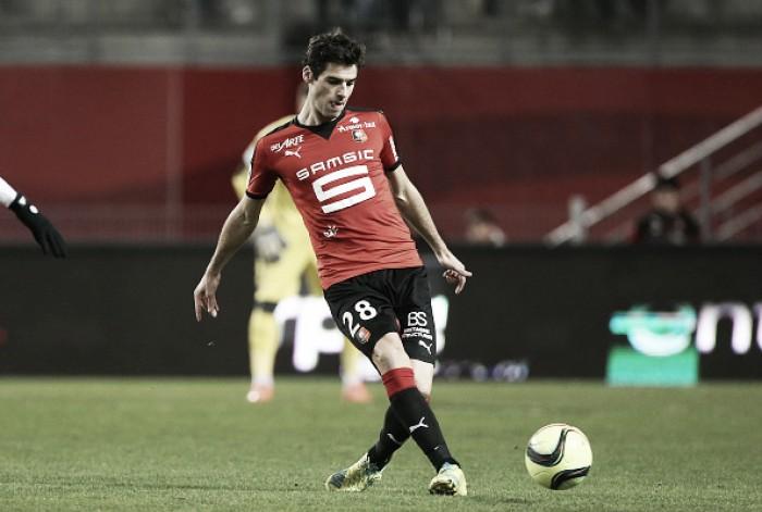 Rennes anuncia renovação com Yoann Gourcuff por mais duas temporadas