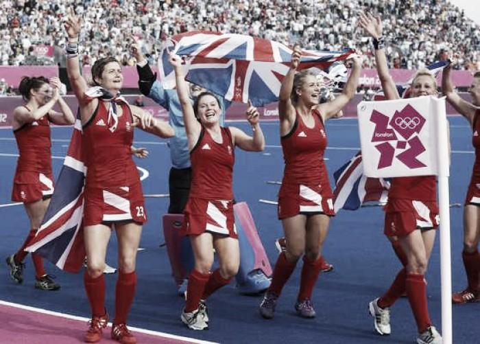 Grã-Bretanha vence Índia e ganha forças em busca do ouro pelo hóquei feminino