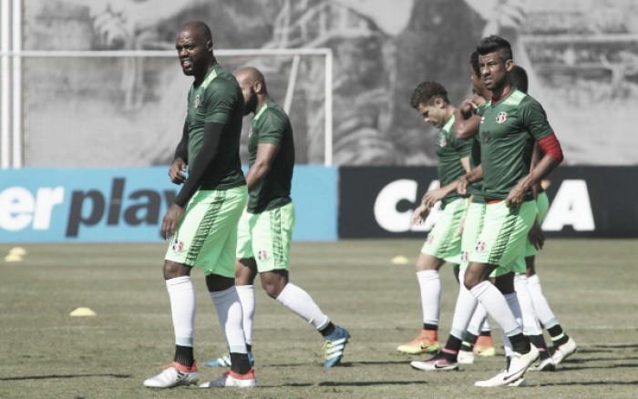 Grafite treina e segue mantido no time titular para jogo contra Palmeiras
