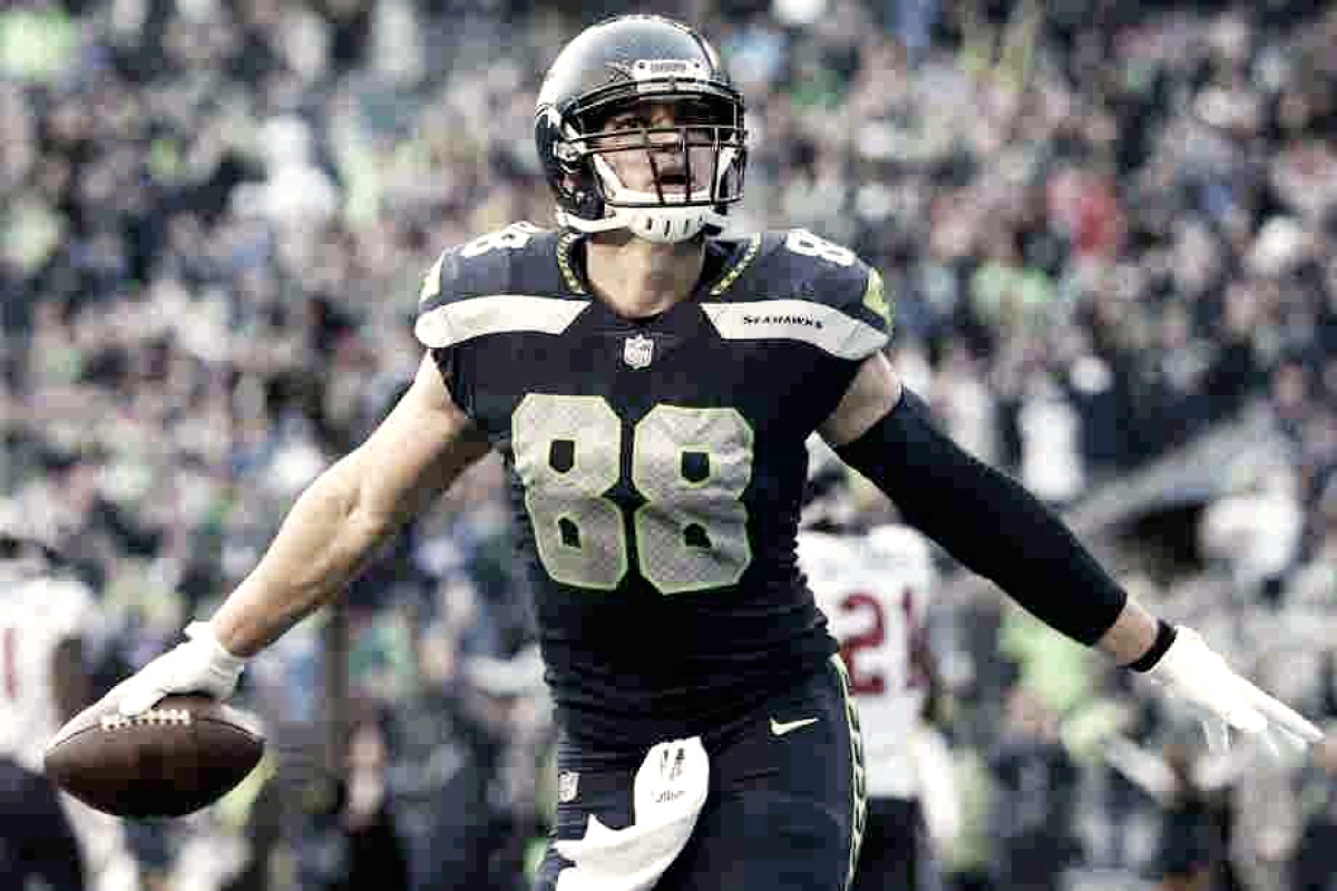 Jimmy Graham, contratado por los Packers