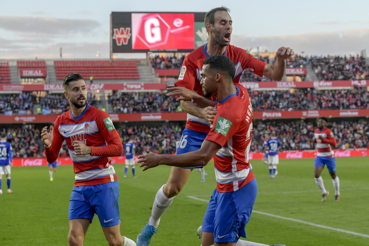 Previa Granada CF - RCD Mallorca: el oro reluce más allá de Belén