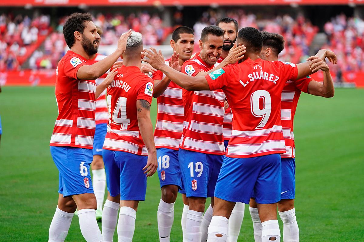 El Granada CF presenta los dorsales de la primera plantilla