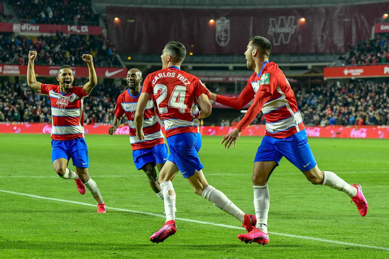 Un Granada CF inagotable remonta al Valladolid 'in extremis'