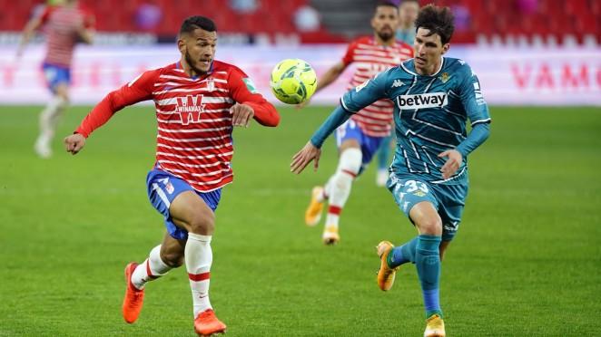 Previa Real Betis - Granada CF: un derbi para apurar las últimas opciones