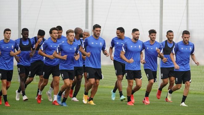 El Granada CF se prepara para recibir al Valencia con cuatro entrenamientos