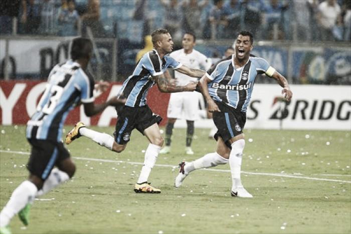 Maicon sente desconforto na panturrilha e desfalca o Grêmio por 20 dias