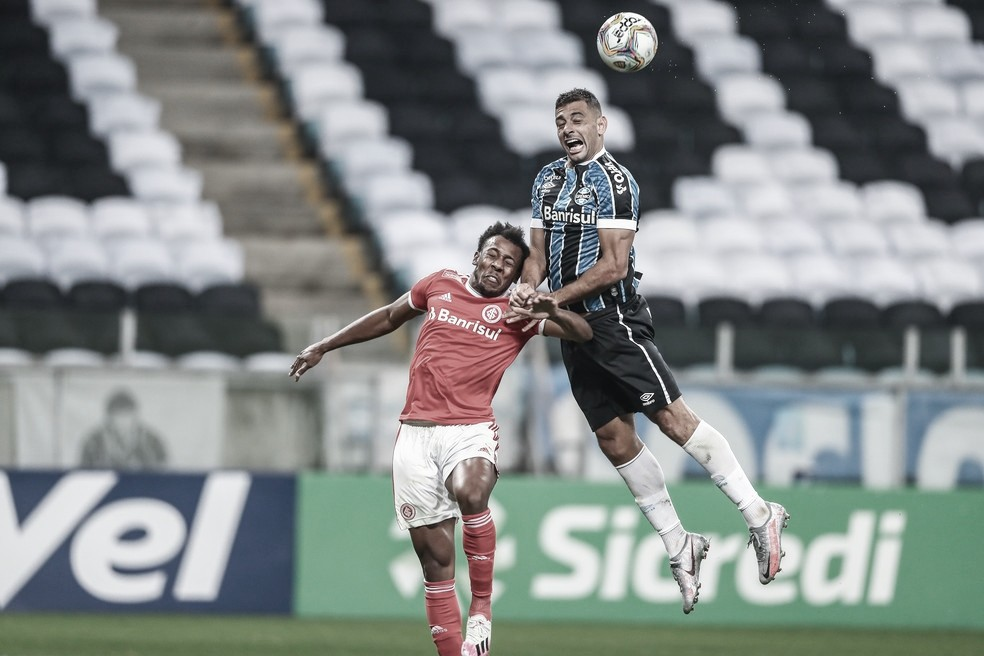 Em duelo de treinadores pressionados, Internacional recebe Grêmio pela Libertadores