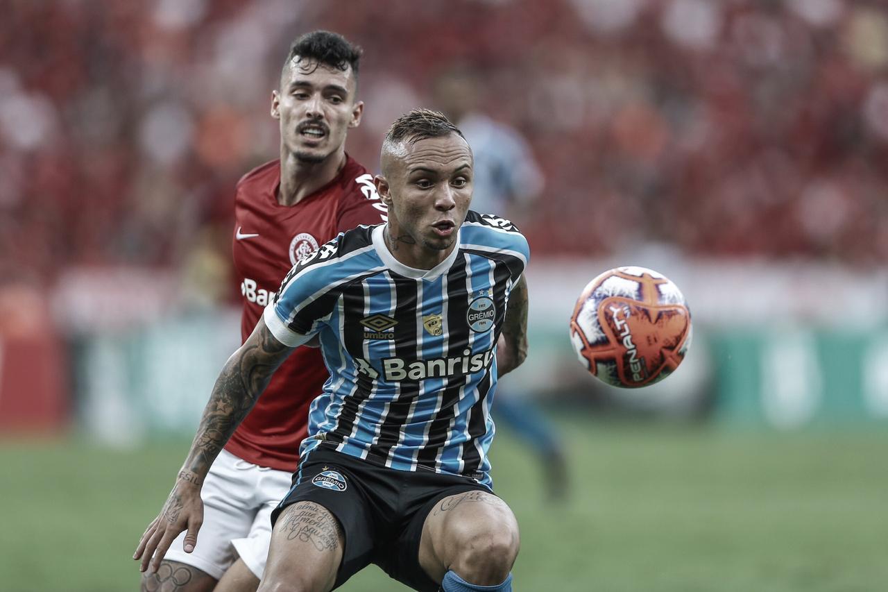 Após empate sem gols no jogo da ida, Grêmio e Internacional decidem título do Gauchão