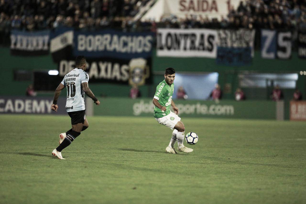 Na luta pelo G-4, Grêmio recebe desesperada Chapecoense
