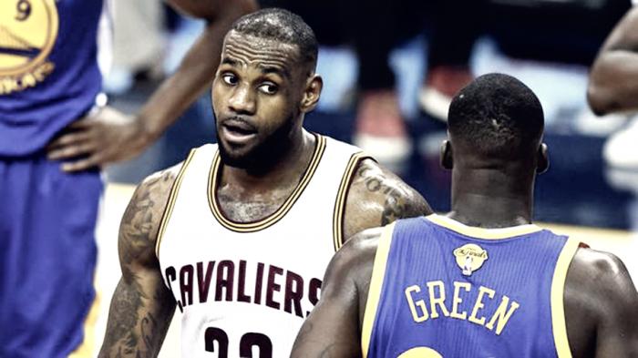 NBA Playoffs - Draymond Green e i primi messaggi ai Cleveland Cavaliers
