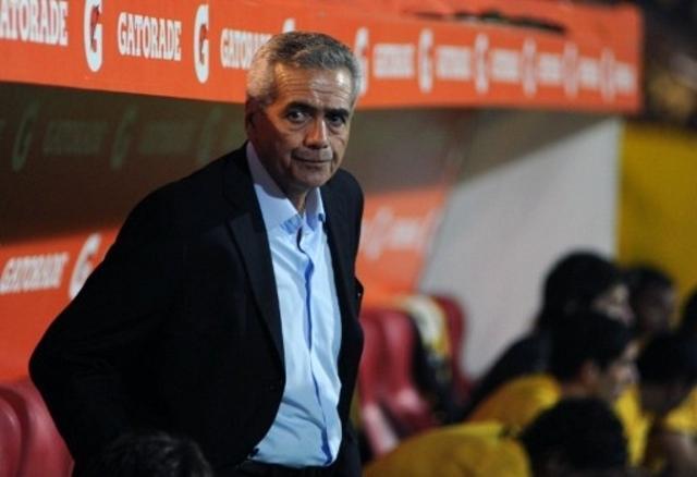 Gregorio Pérez fue cesado de Peñarol