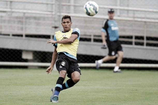 Atacante Pedro Rocha é suspenso por dois jogos e desfalcará Grêmio no Gre-Nal