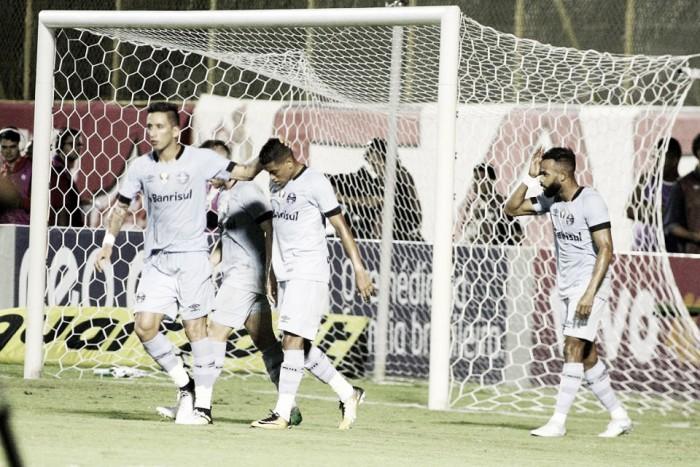 São Paulo e Grêmio ficam no empate no Morumbi
