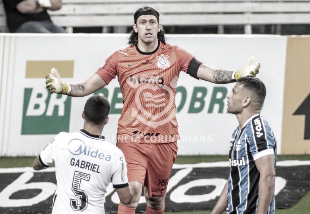 Sina? Diego Souza perde pênalti contra Cássio, e Grêmio empata diante do Corinthians