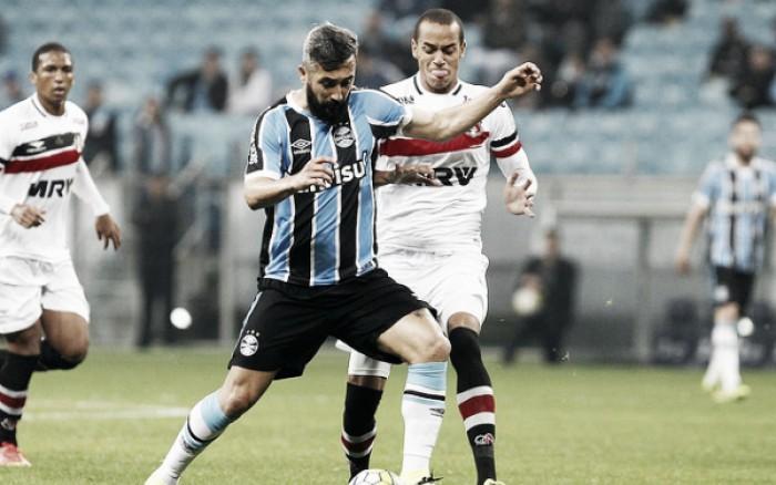 Em jogo equilibrado, Grêmio vacila e empata sem gols diante do Santa Cruz