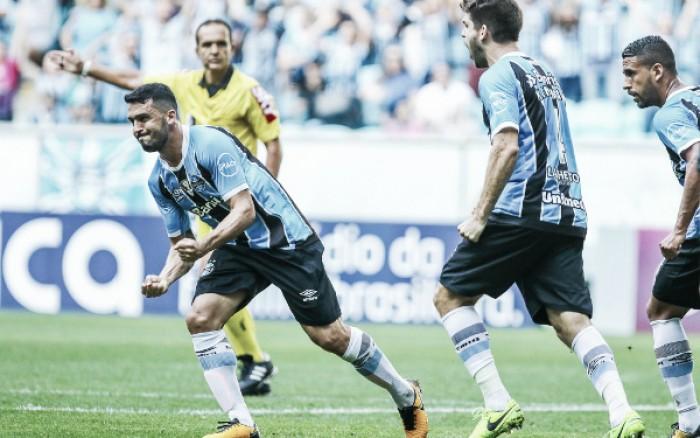 Grêmio é amplamente superior, goleia Sport e diminui vantagem do Corinthians