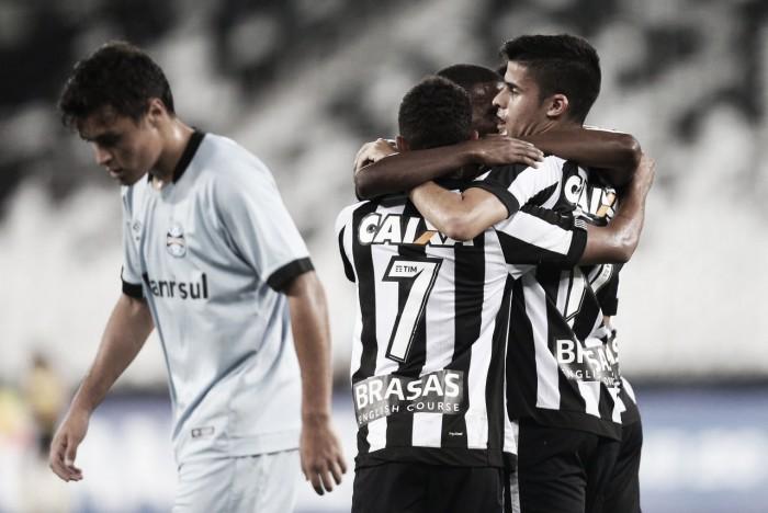 Botafogo tem ótima atuação coletiva e vence Grêmio no Brasileiro Sub-20