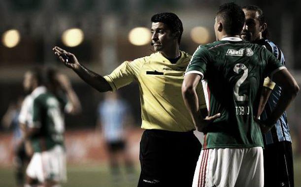 Inconformados, gremistas voltam a criticar arbitragem após derrota para o Palmeiras
