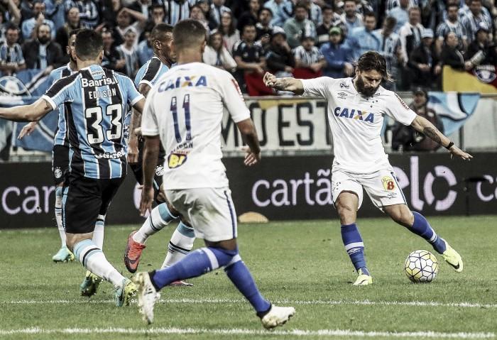"""Jogadores do Cruzeiro minimizam eliminação e exaltam postura: """"Equipe lutou e se empenhou"""""""