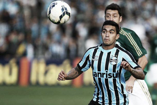Em jogo fraco tecnicamente, Grêmio e Palmeiras não saem do zero no Estádio Alfredo Jaconi