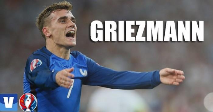 Neto de portugueses, Griezmann construiu sua carreira na Espanha e hoje é artilheiro da França