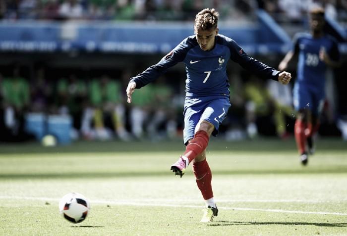 Griezmann marca duas vezes, França vence Irlanda de virada e avança às quartas da Euro