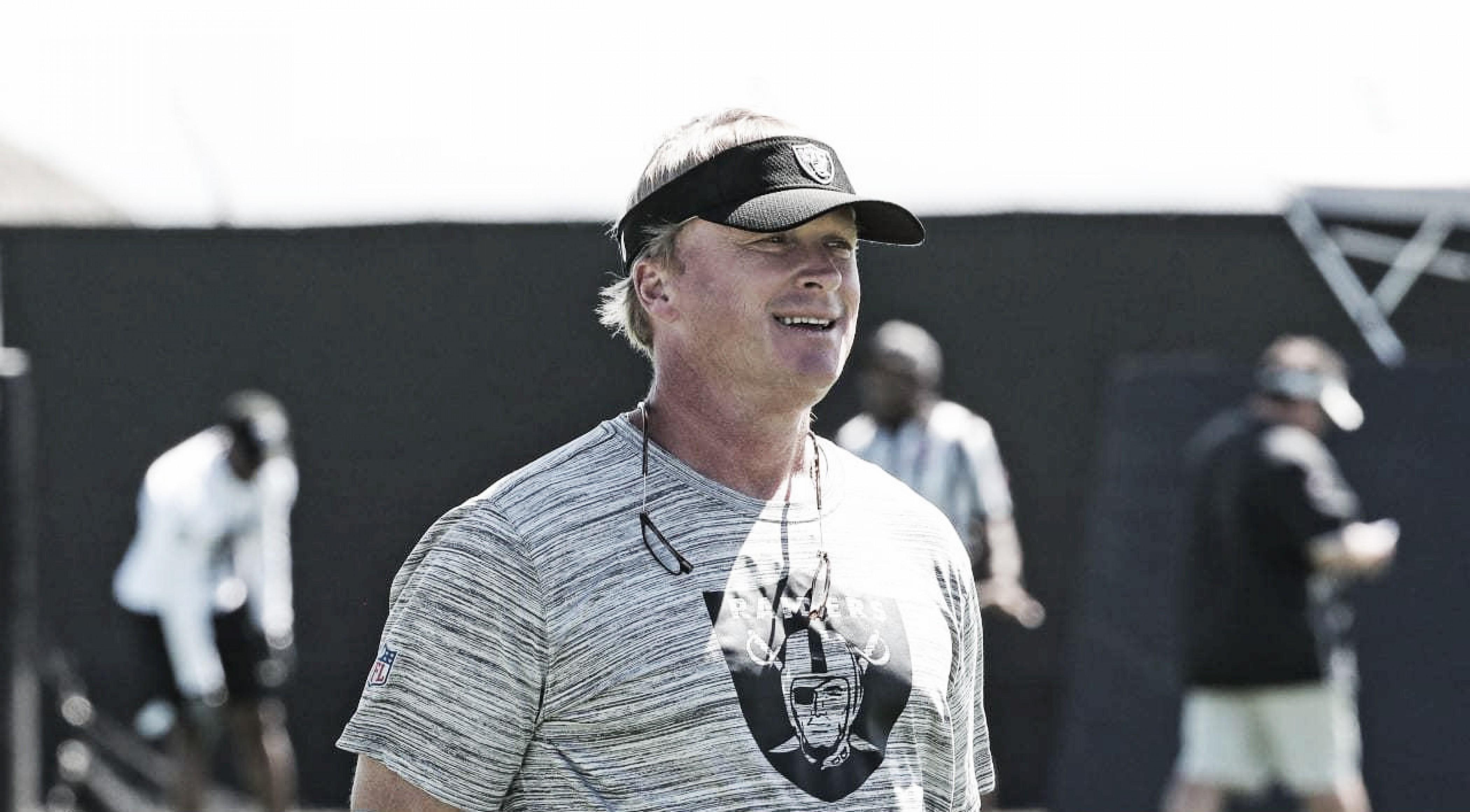 Sob nova direção, Raiders recebem Rams