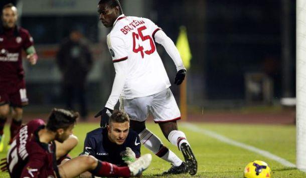 Doppietta de Balotelli não é suficiente e Milan empata com o Livorno
