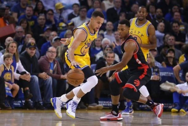 Golden State Warriors Stay Undefeated, Defeat Toronto Raptors 115-110