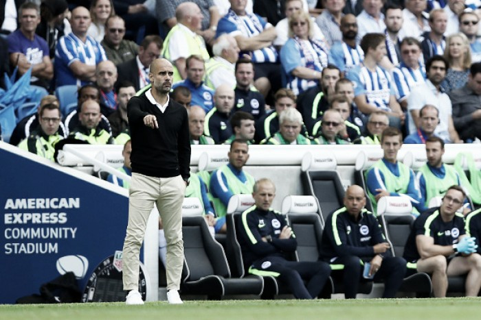 """Guardiola mostra cautela com vitória do City: """"Fomos estáveis, mas ainda temos que melhorar"""""""