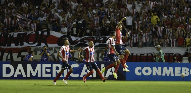 Junior Barranquilla bate Santa Fe e encara Atlético-PR na final da Sul-Americana