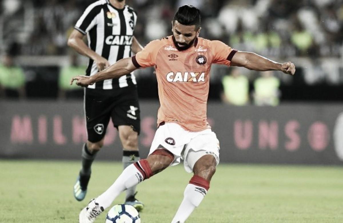 Devido a contrato, Guilherme e Camacho são desfalques para Atlético-PR contra Corinthians